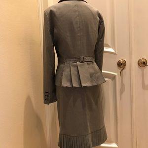 Signature by Larry Levine skirt suit